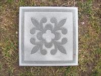 Плитку с узором цветка можно купить в Гродно от 12 BYN