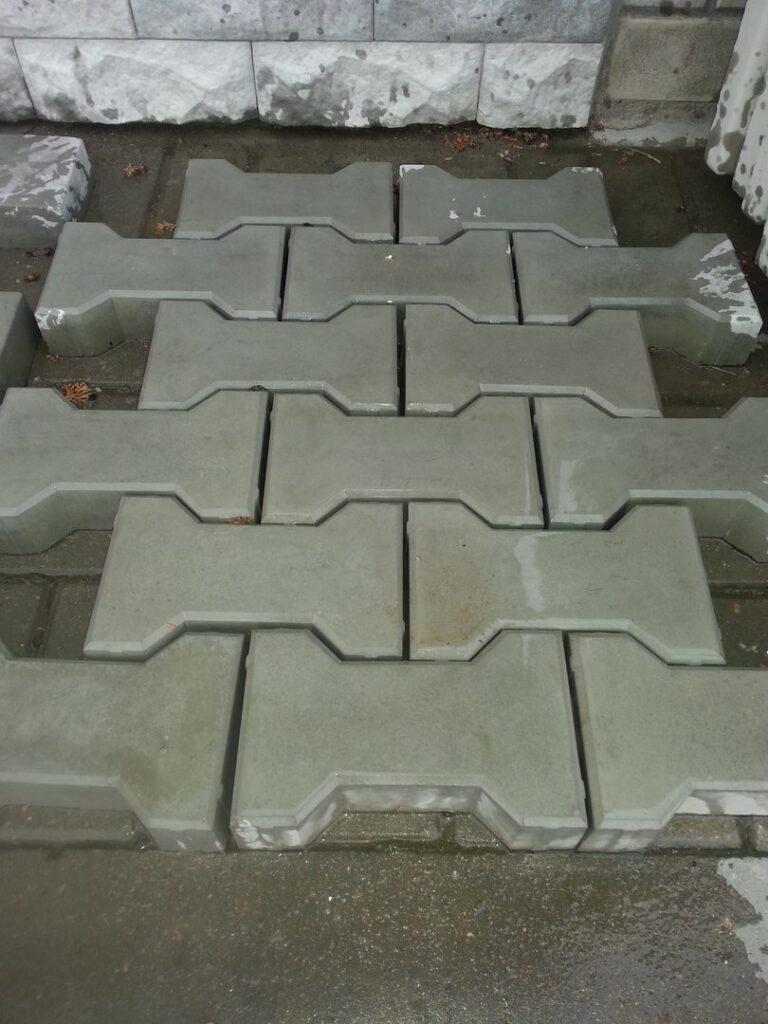 Пример плитки Косточка, произведенной ЭлитБетон в Гродно